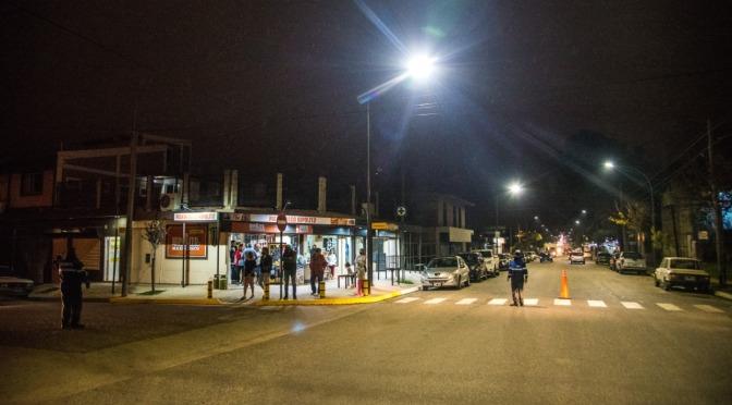 Nueva iluminación y puesta en valor de la Avenida Hipólito Yrigoyen