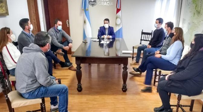 Marcos Torres se reunió con autoridades del Centro de Comercio